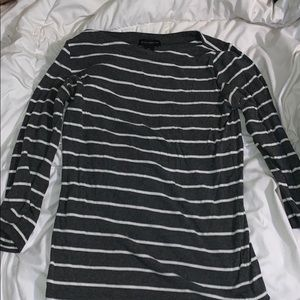 long sleeved gray and white shirt